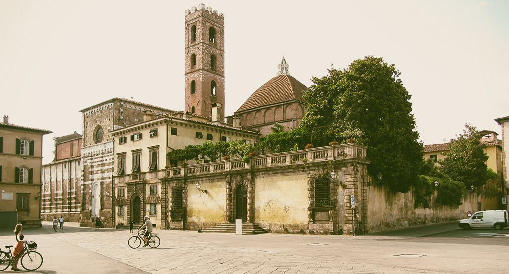 Lukka, Toskania. Miasto rowerów