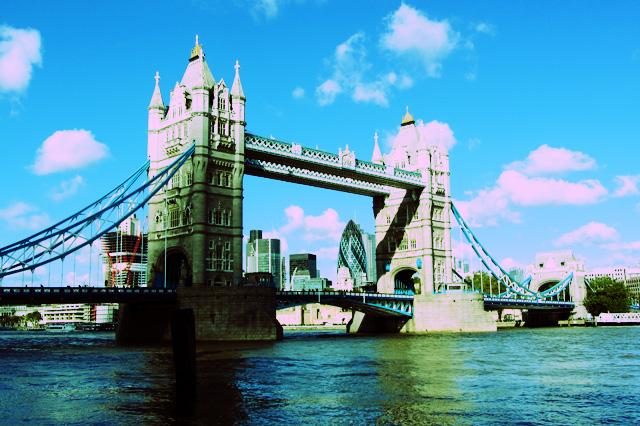 Spacer po Londynie. Ulice, restauracje i puby